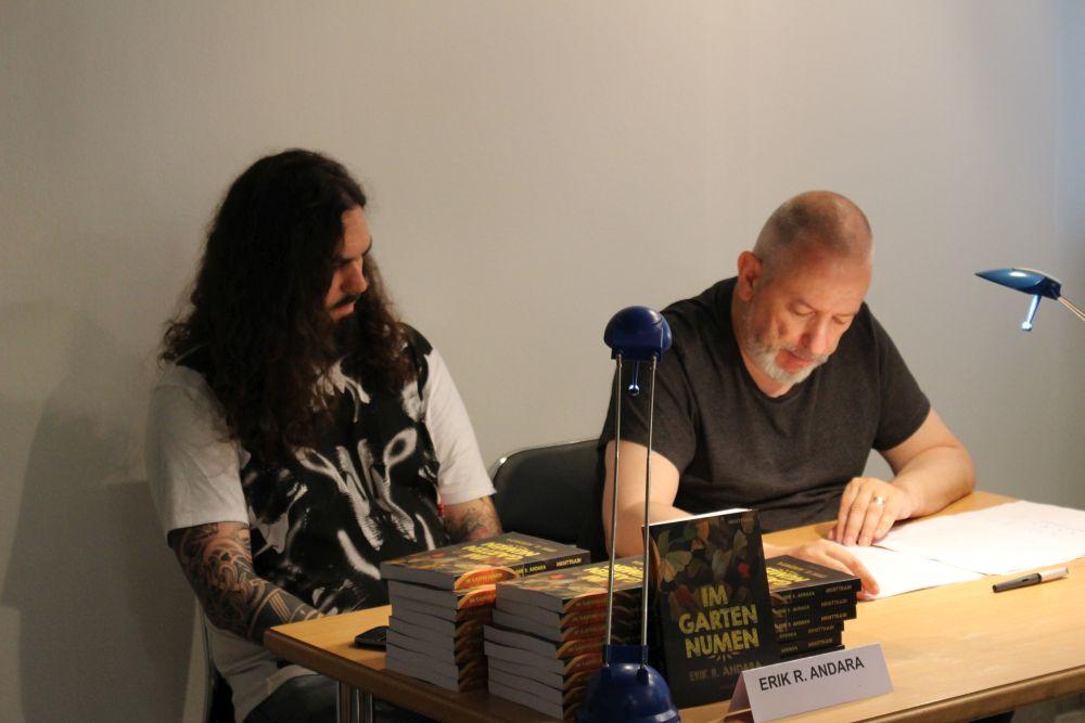 Lesung Erik R. Andara - Foto: A.D.
